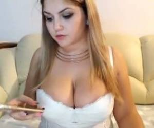 Amateur Lissa96 Squirting On Live Webcam Webcam Girl Lissa96