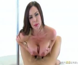 Kendra Lust - Kendra Gets Loose For Big Members