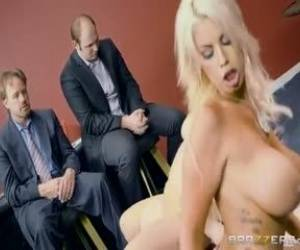 BEX - BrazzersExxtra - Bridgette B Ft Nina Kayy - Blowing On Some Other Guy S Dice