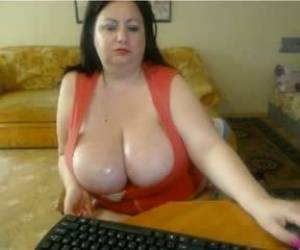 Big Breast Milf Webcam